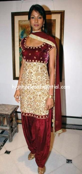 priya-and-chintan-new-collection-nargis-foundation-31.jpg