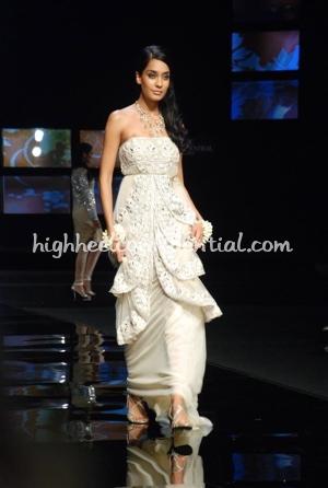 2-ayesha-depala-chivas-fashion-tour-mumbai.jpg