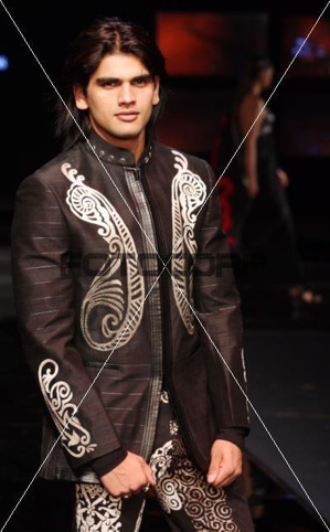 8-shantanu-and-nikhil-chivas-fashion-tour-mumbai.jpg