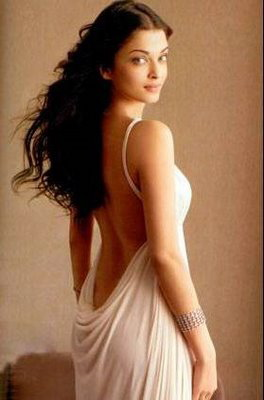 aishwarya-rai-vogue-india-october-backless.jpg