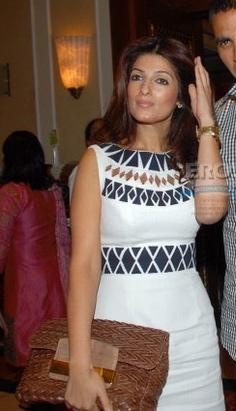 cnbc-award-twinkle-khanna-kay-unger-white-sheath-dress-1.jpg