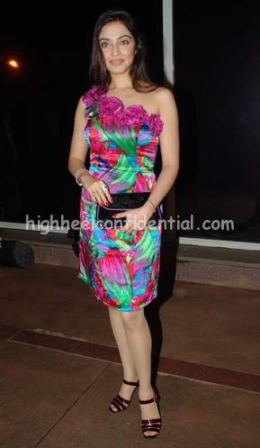 divya-khosla-emi-music-launch1.jpg