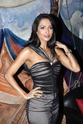 malaika-arora-khan-emi-music-launch-1.jpg