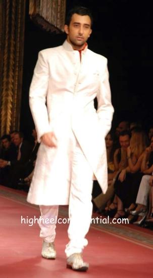 manav_couture_week_rahul.jpg