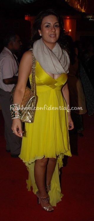 natasha-poonawala-hdil-couture-week-tarun-tahiliani-yellow-dress.jpg