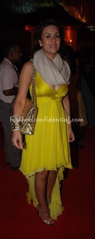 natasha-poonawala-hdil-couture-week-tarun-tahiliani1.jpg