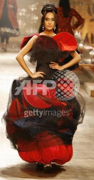 rohit_bal_couture_week_1.jpg