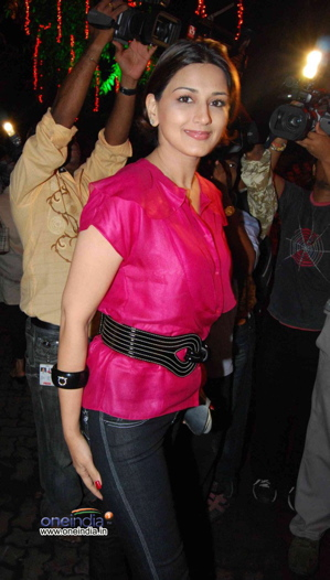 sonali-bendre-ferragamo-bangle-anna-singh-store-launch.jpg