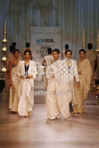 tarun_tahiliani_couture_week2.jpg