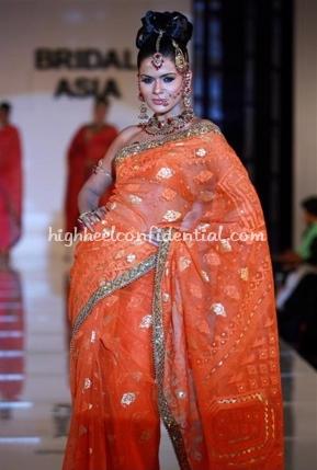 1-maheen-khan-bridal-asia-show-20081.jpg