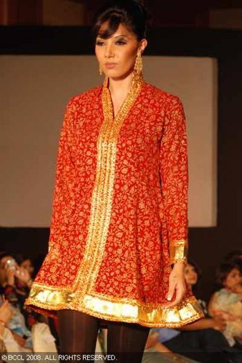 1-neeta-lulla-fashion-show-bangalore.jpg