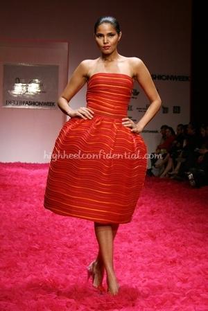 10-rohit-bal-spring-09-delhi-fashion-week.jpg