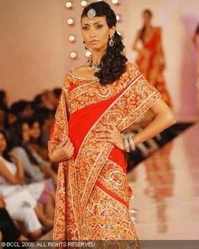 2-bhairavi-jaikishan-bridal-asia-show-2008.jpg