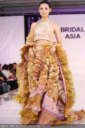 2-bridal-asia-08-ritu-beri.jpg