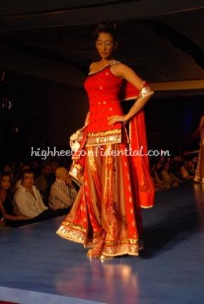 23-maheka-mirpuri-fashion-show.jpg