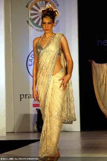 3-neeta-lulla-fashion-show-bangalore.jpg