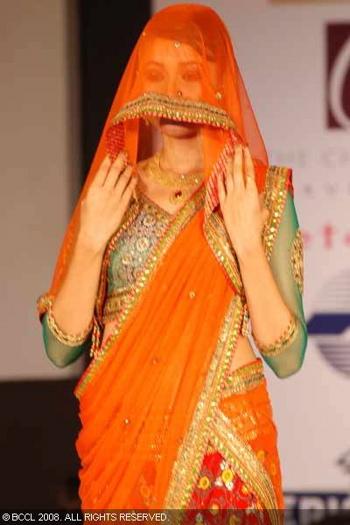 4-neeta-lulla-fashion-show-bangalore.jpg