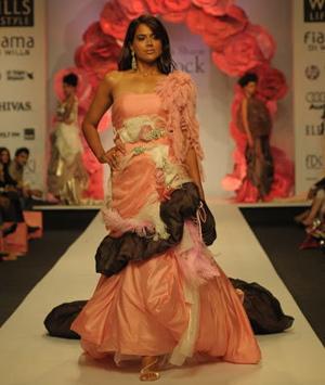 5-sameera-reddy-for-falguni-and-shane.jpg