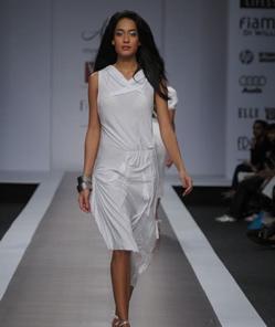 anjana-bhargav-ss09-review-1.jpg