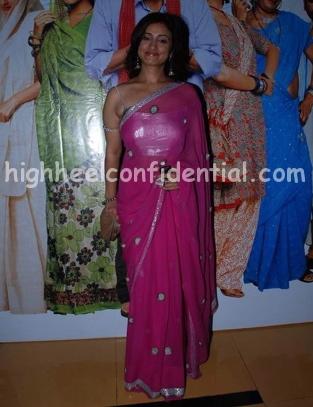 divya-dutta-welcome-to-sajjanpur-premiere-pink-sari.jpg