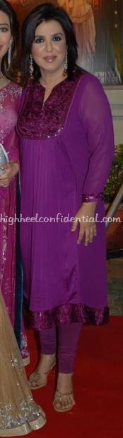 farah-khan-nach-baliye-red-carpet-purple-fuschia-salwar-11.jpg