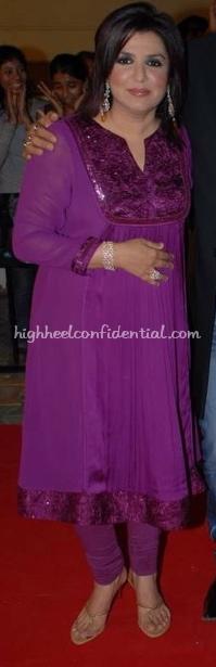 farah-khan-nach-baliye-red-carpet-purple-fuschia-salwar1.jpg