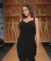 grecian-jj-vallaya-trend-report-spring-09.jpg