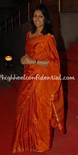 ramchand-pakistani-premiere-nandita-das-orange-sari1.jpg