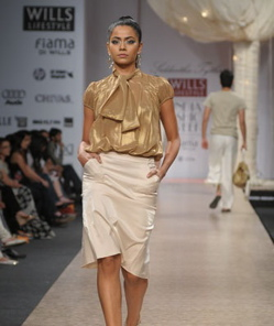 sidharth-tytler-ss09-review-1.jpg