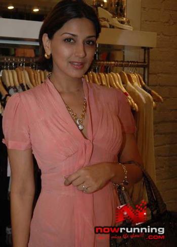 sonali-bendre-nandita-mahtanis-new-store-ananya-launch.jpg