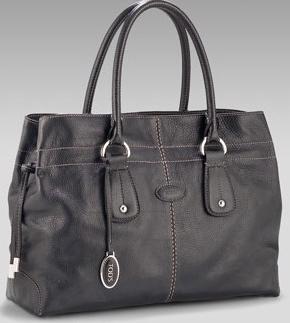 tods-restyled-d-bag-shopping-media.jpg