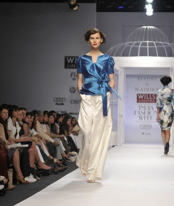 wide-leg-gauri-and-nainika-trend-report-spring-09.jpg