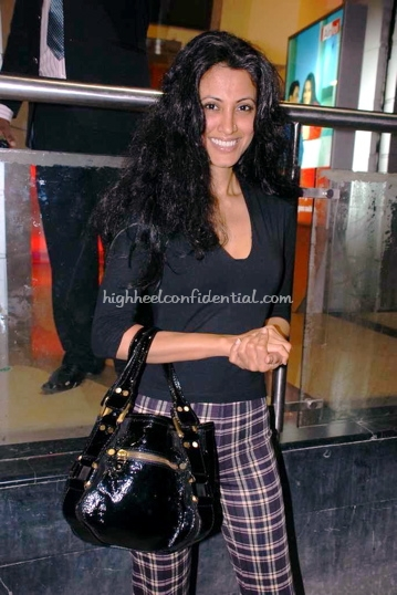 reshma-bombaywala-jimmy-choo-bag.jpg