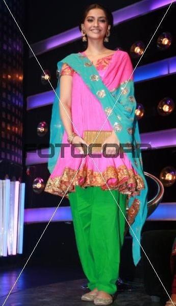 sonam-indian-idol.jpg