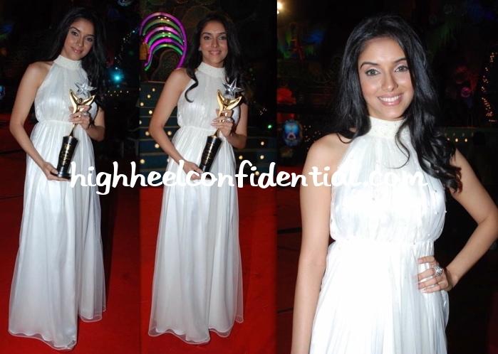 asin-stardust-awards-white-dress-2009.jpg