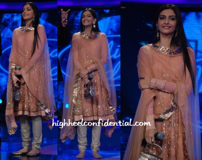 sonam-kapoor-indian-idol-4-anarkali1.jpg