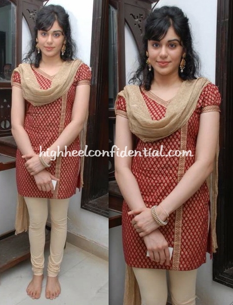 adah-sharma-quest-book-launch.jpg