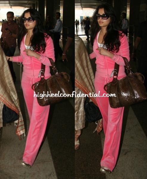 aishwarya-pink-sweatsuit-airport.jpg