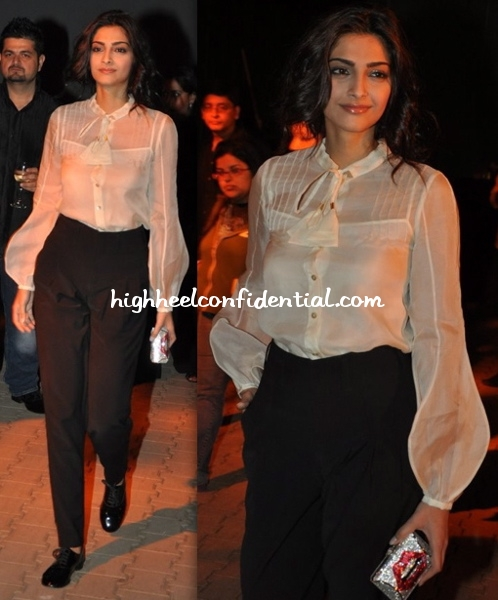 sonam-kapoor-chivas-fashion-tour-manish-malhotra
