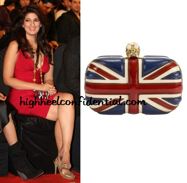 twinkle-khanna-stardust-awards-2010-herve-leger
