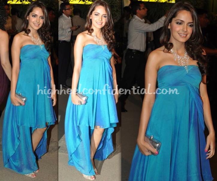 filmfare-awards-2010-shazahn-padamsee