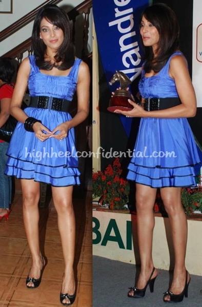 bipasha-basu-bebe-dress-vandrevala-foundation-trophy-unveiling-1