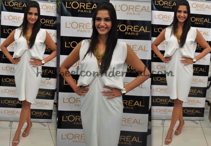 sonam-kapoor-loreal-golden-girl-launch