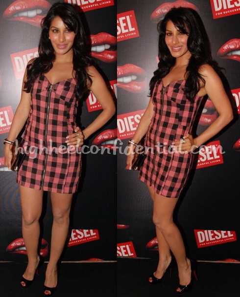 diesel-launch-mumbai-sophie-chaudry-american-retro-dress-1
