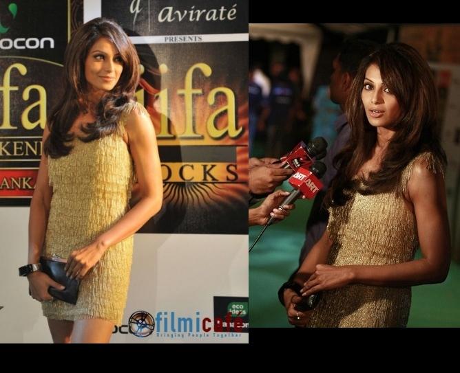 bipasha-basu-iifa-awards-fashion-event-gold-dress