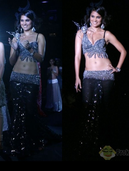 lara-dutta-delhi-couture-week-rina-dhaka