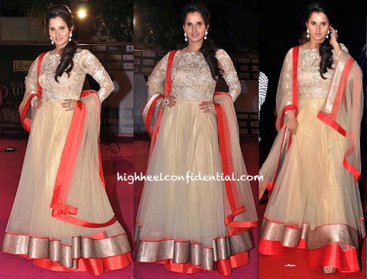 Sania Mirza At Prerna Awards 2013 In Shantanu And Nikhil