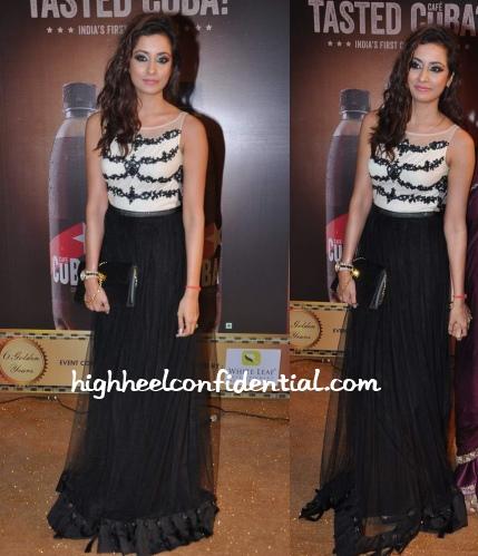 madhura-naik-rocky-s-gold-awards-2013