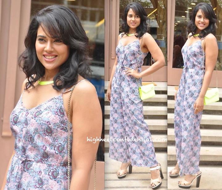 Sameera Reddy In Topshop At Neeta Lulla's Bridal Collection Launch-1