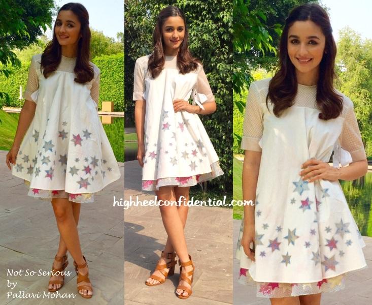 Dress up style of alia bhatt in shandar